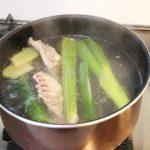 鶏ガラスープレシピ 鶏肉のプロがラーメンや鍋に人気のだしの作り方を伝授します