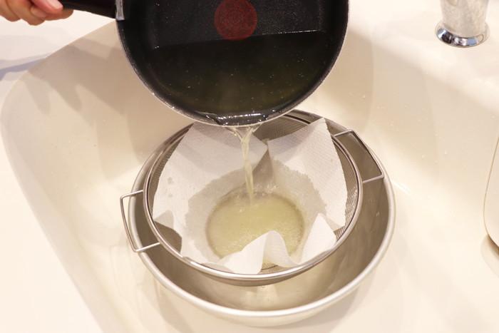 鶏ガラスープ 取り方 スープ 濾過 裏ごし