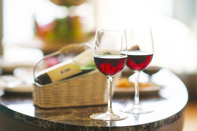 ワインで美味しい食事