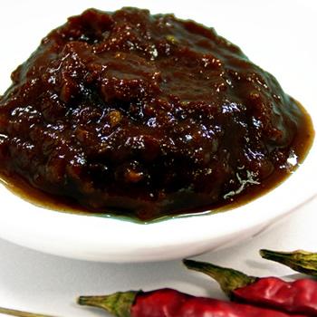 水郷どりの麻婆豆腐の素の厳選素材 ピーシェン豆板醤